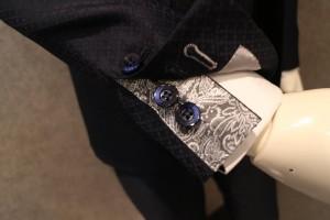できる男のスーツの袖